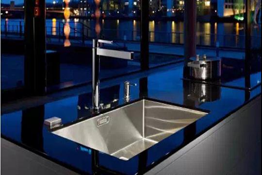 不锈钢水槽如何保养?