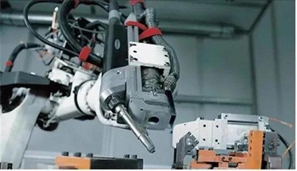 搭载机器人的激光填丝焊接系统